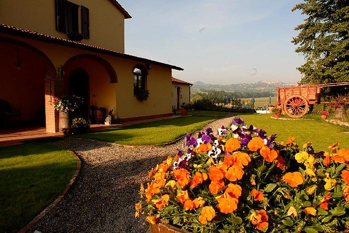 Agriturismo a montepulciano siena degustazione vino for Agriturismo bressanone e dintorni